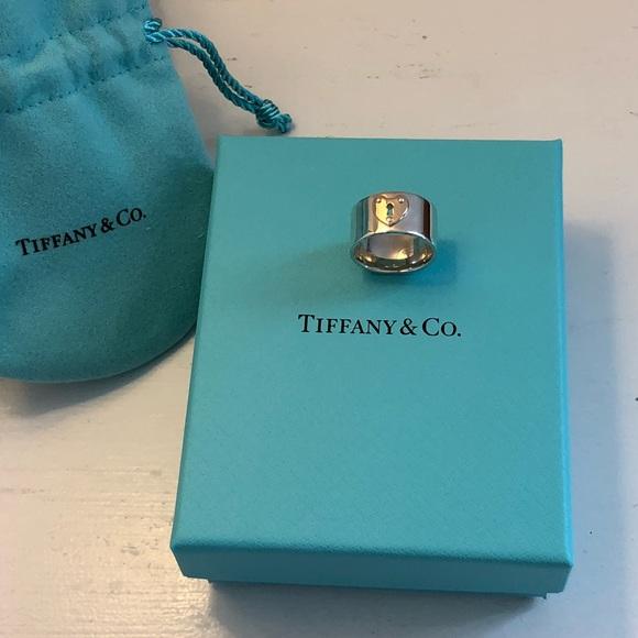 4bfcef6d5 NIB Tiffany & Co Wide Heart Lock Ring Size 4. M_5b5bb67c42aa76323c76d759